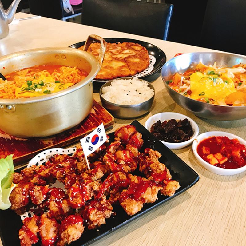 高雄三民-韓咪達韓式料理,韓國小菜無限供應哦