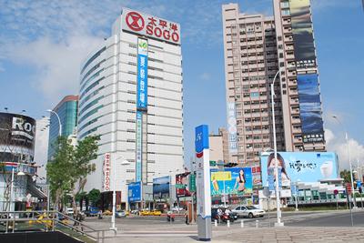高捷系列-R8三多商圈站