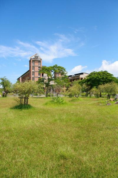 東華大學--東湖