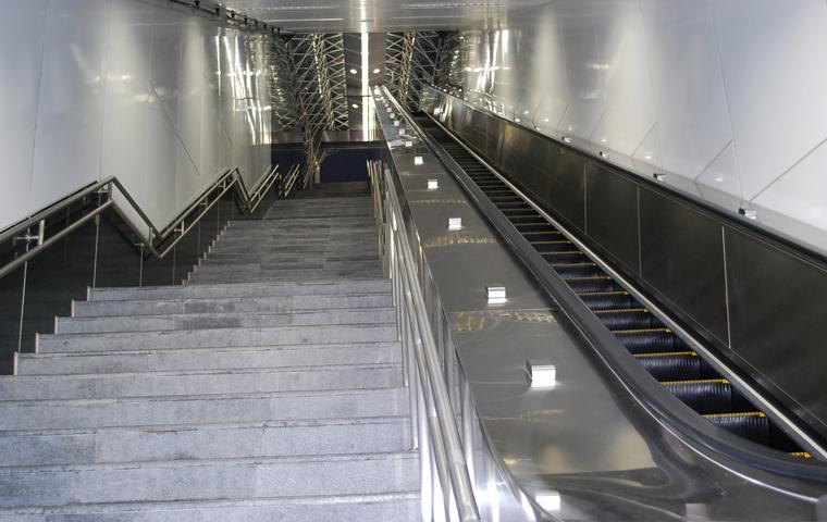 高捷系列-R12後驛站